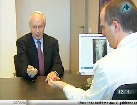 Presentando los Implantes Biodegradables en Mas Vivir, Intereconomía Tv, con D. Manuel Torreiglesias