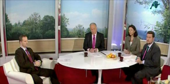 Hablando de Juanetes en Mas Vivir, Intereconomía Tv, con D. Manuel Torreiglesias